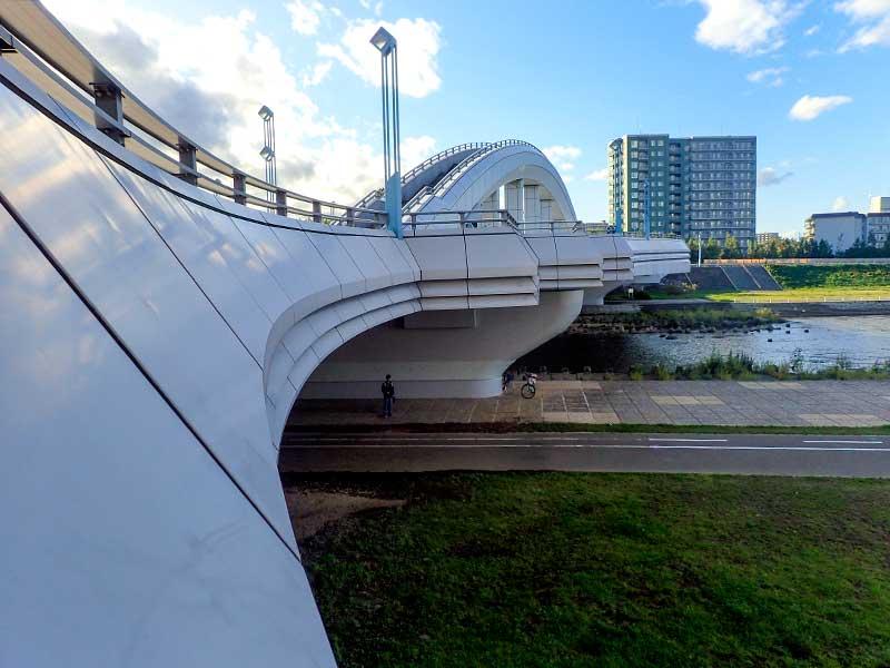 幌平橋と豊平川