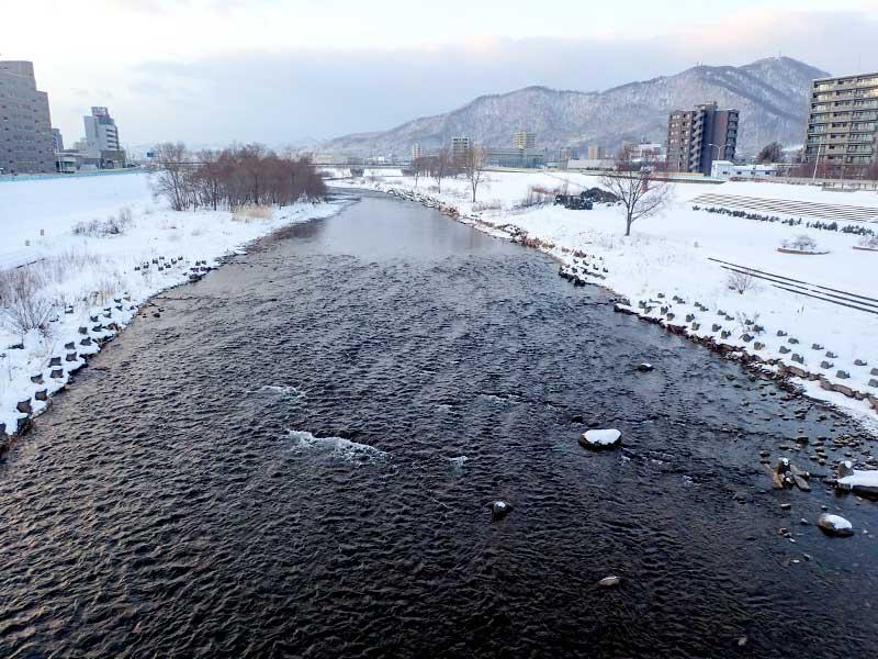 2016年1月3日の豊平川